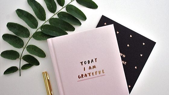"Notizheft mit Aufschrift ""Today I am grateful"""